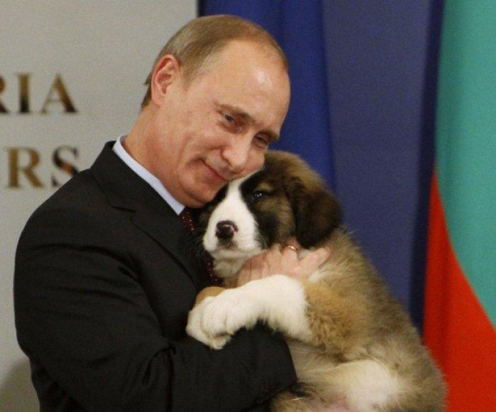 Vladimiras Putinas ir jo naujasis augintinis