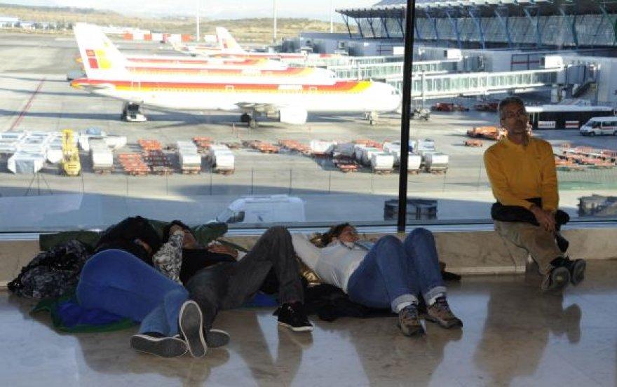 Dispečerių streikas Ispanijoje sužlugdė 250 tūkst. žmonių keliones.