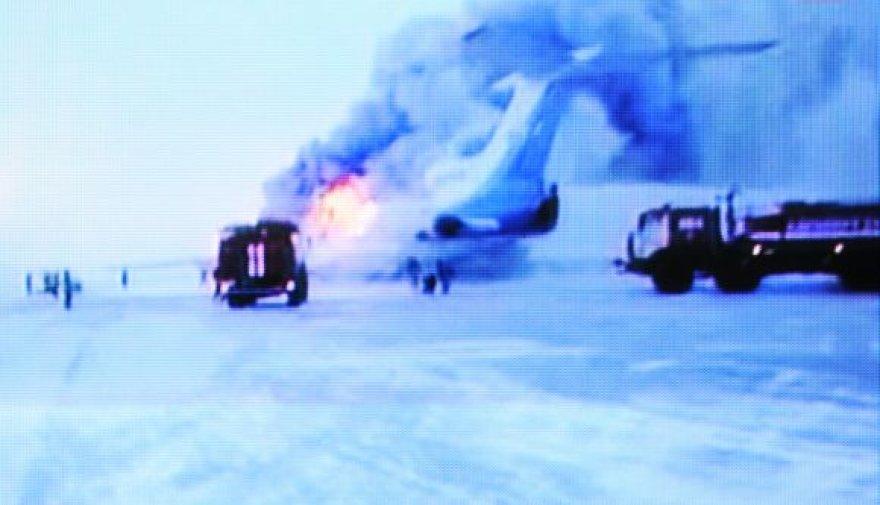 """Lėktuvas """"Tu-154"""" užsidegė ir sprogo."""