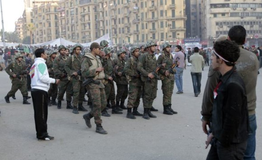 Egipto kariai Kaire, Tahriro aikštėje.