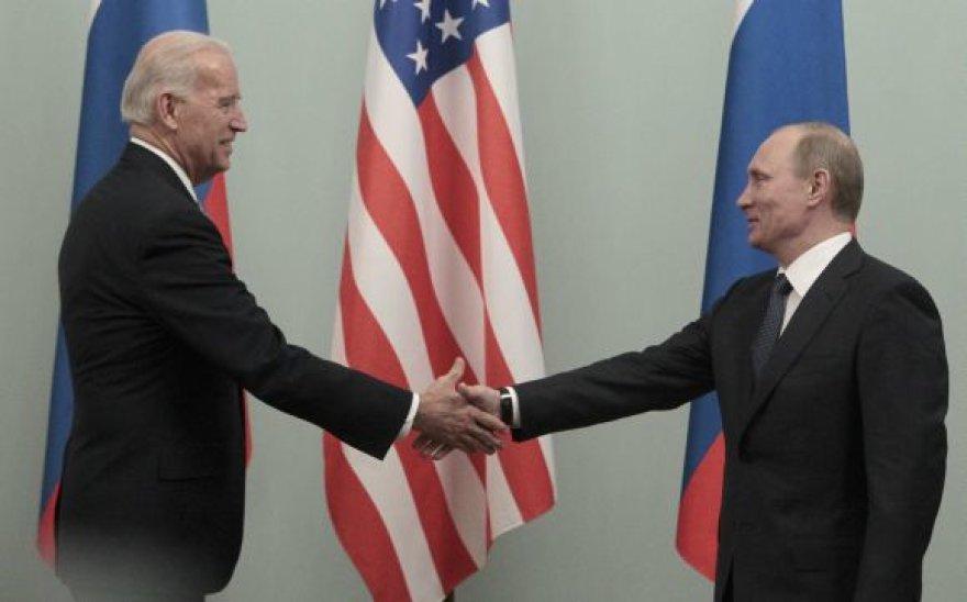 Joe Bidenas ir Vladimiras Putinas