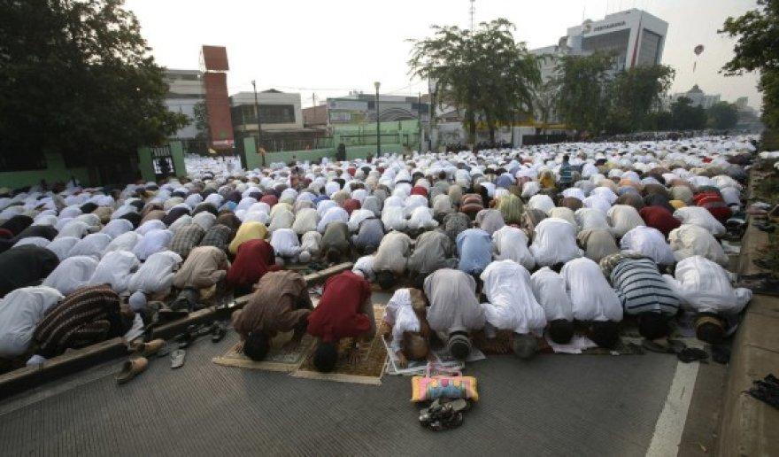Paaiškėjo, kad Indonezijos musulmonams teks atidėti Ramadano pabaigą.