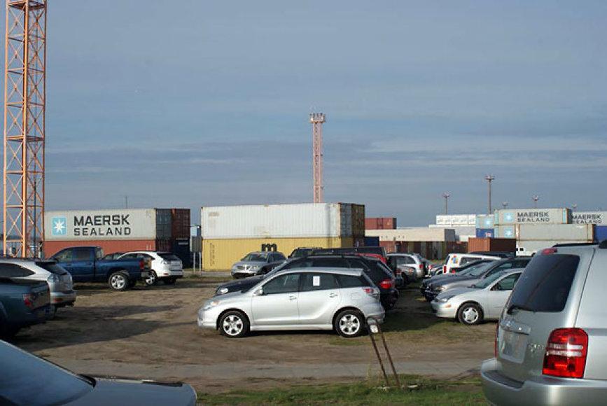 Amerikietiški automobiliai uoste