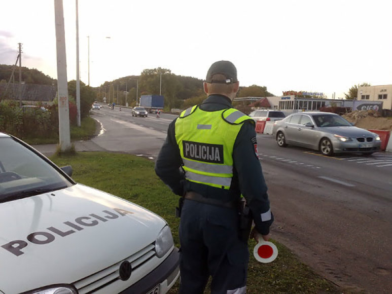 Policijos postas prie Vilniaus pirmadienio pavakare