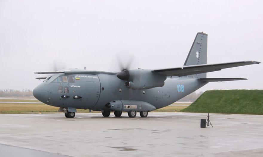 """Trečiasis lėktuvas C-27J  """"Spartan"""""""