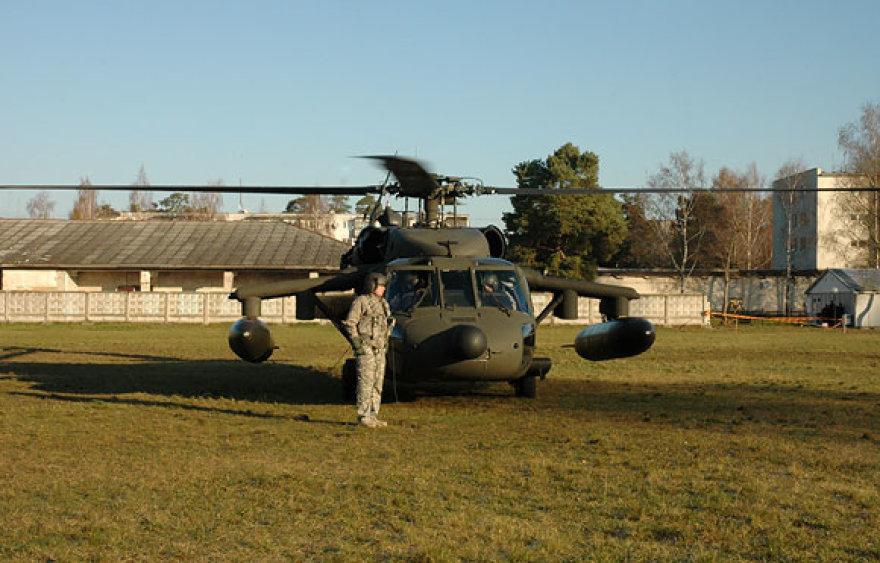 """Sraigtasparnis """"Black Hawk"""" Rukloje"""