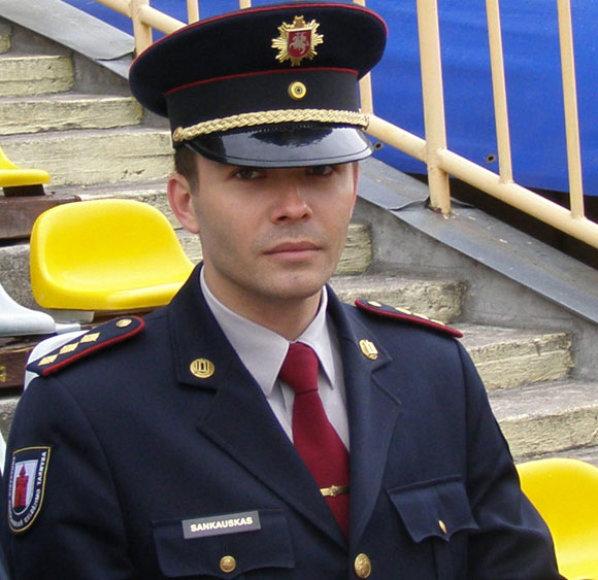 Pirmasis gaisrą gesinti pradėjo Panevėžio ugniagesys Deivydas Sankauskas