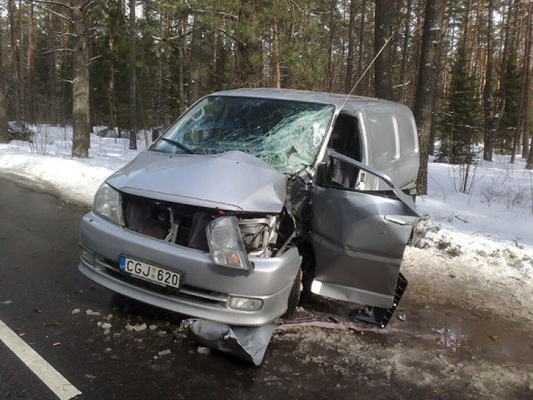 Avarija Kairėnų g. Vilniuje. 2010.03.03