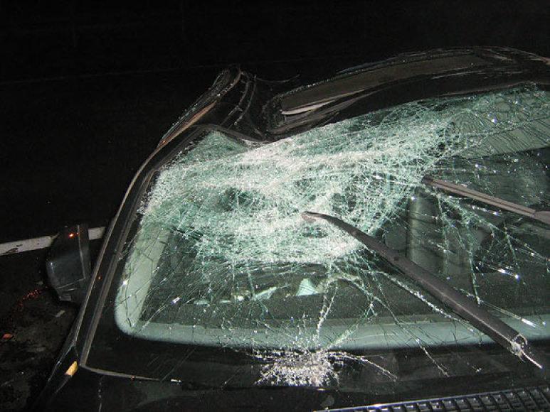 Sudaužytas automobilio stiklas