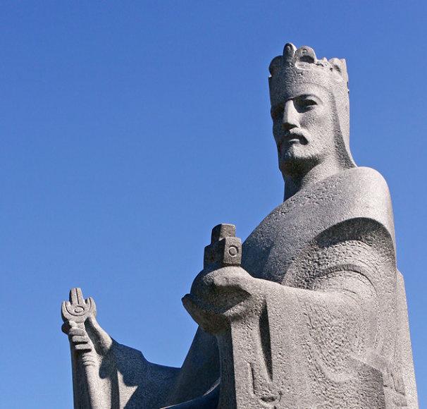 Karaliaus Mindaugo paminklas Vilniuje