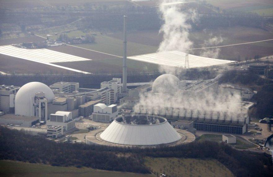 """Tarp laikinai uždaromų elektrinių – ir """"Neckarwestheim I""""."""