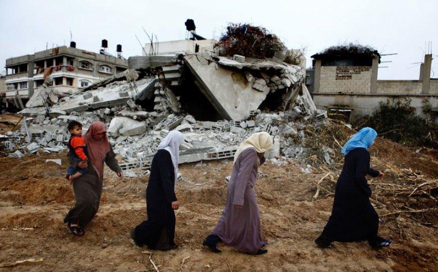 Gazos ruože šimtai tūkstančių palestiničių liko be namų.