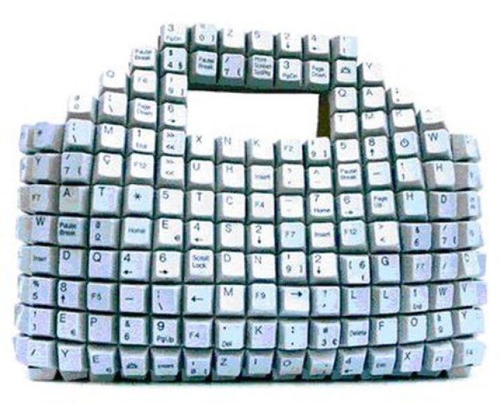 Atgyvenusios kompiuterio detalės gali būti panaudotos, kuriant originalius aksesuarus.
