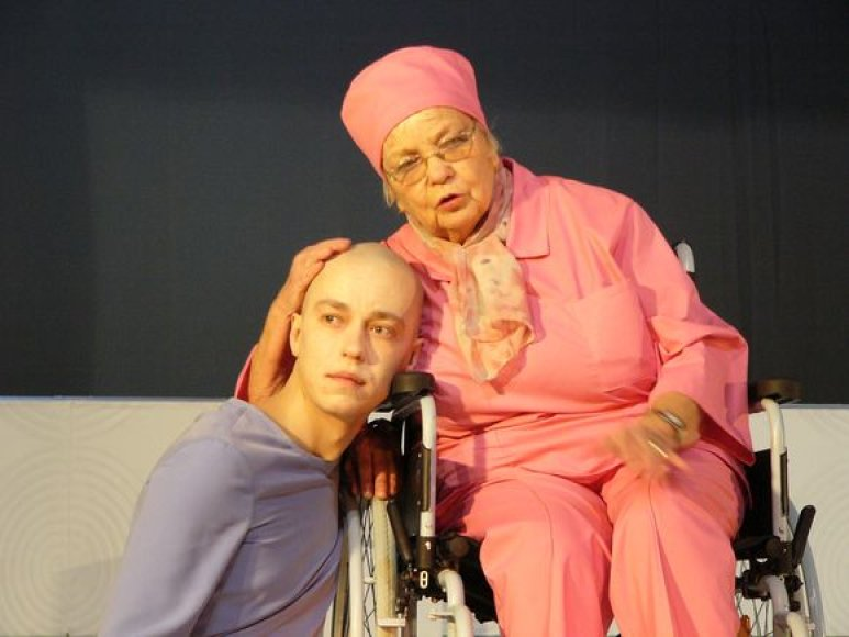 "Spektaklis ""Oskaras ir ponia Rožė"""