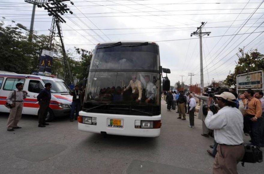 Šri Lankos sportininkų autobusas