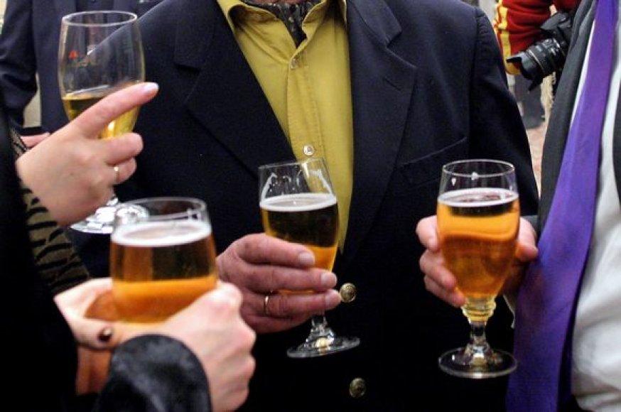 Alkoholio kontrolės įstatymo pataisos sipriešino visuomenę