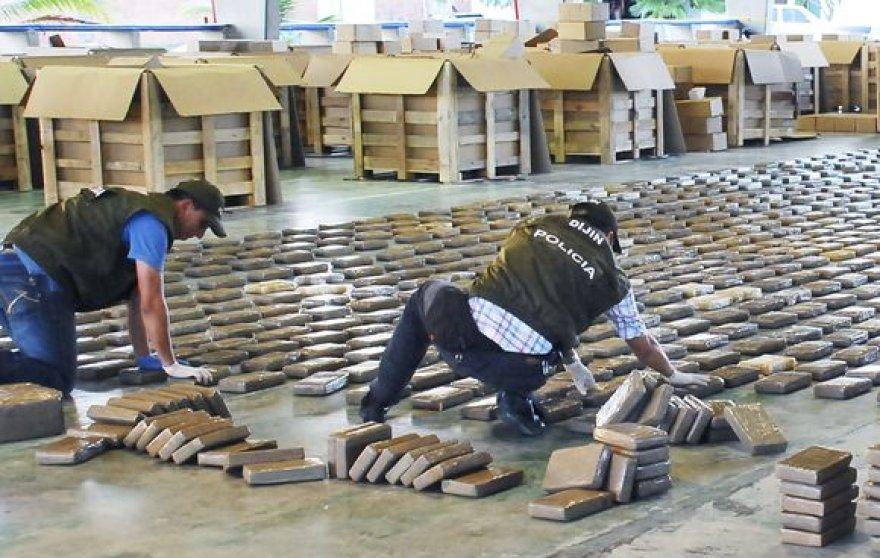 Kolumbijos policija sulaikė 10 tonų kokaino.