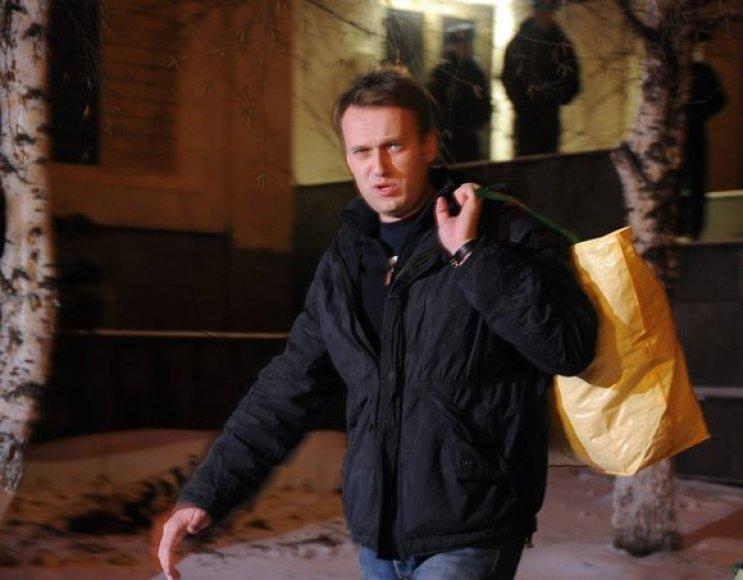 Aleksejus Navalnas išleistas iš areštinės.