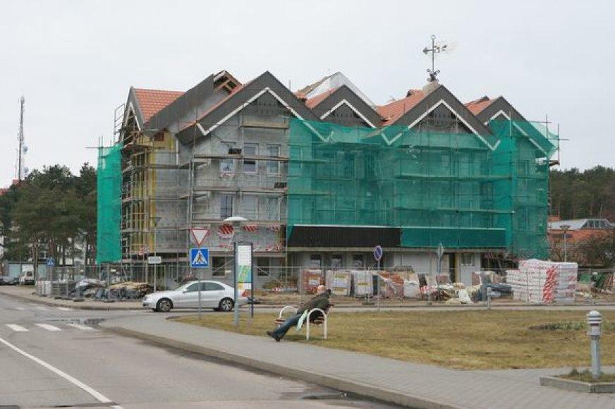Darbai verda tiek Neringos savivaldybės viduje, tiek išorėje.