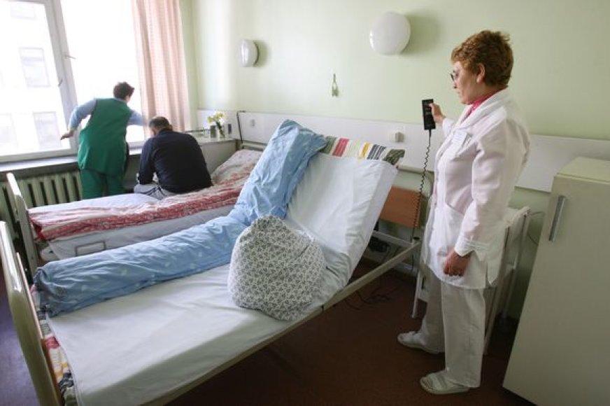 KRKKL gydęsis išeivis iš Lietuvos už medikų rūpestį atsilygino su kaupu: jam tarpininkaujant Kauną pasiekė keliasdešimt vienetų medicininės įrangos.