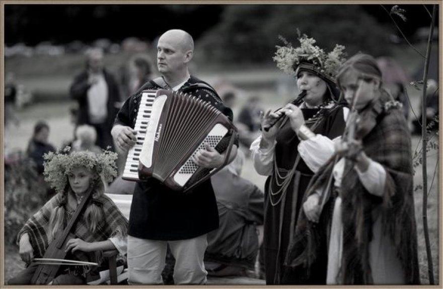 Susirinko apie 700 vidurvasario šventės dalyvių.