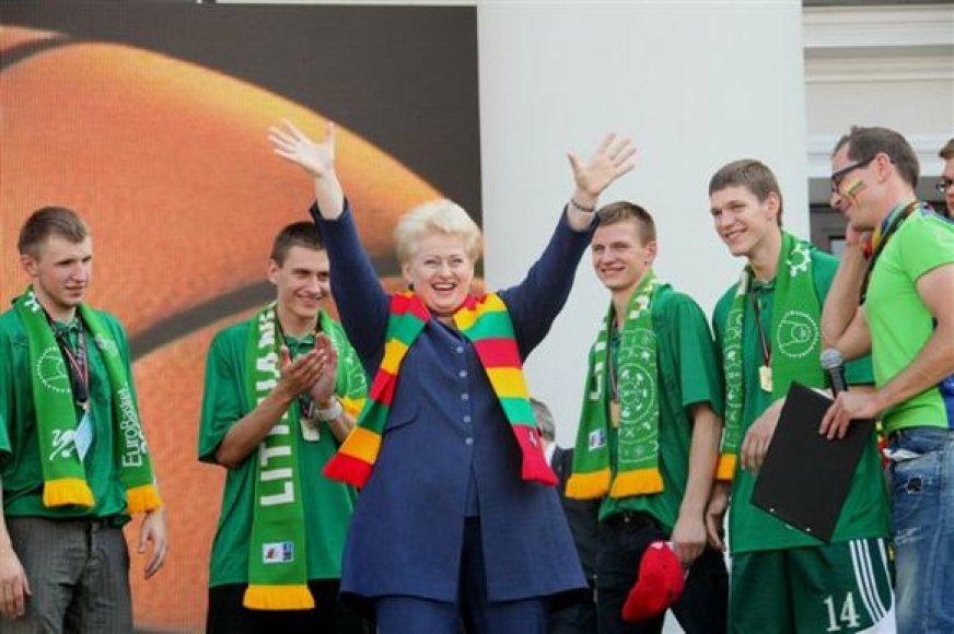 Dalia Grybauskaitė krepšininkų sutiktuvėse.