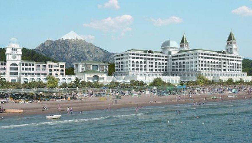 """""""Tez Tour"""" skatins ilsėtis aukčiausios klasės viešbučiuose."""