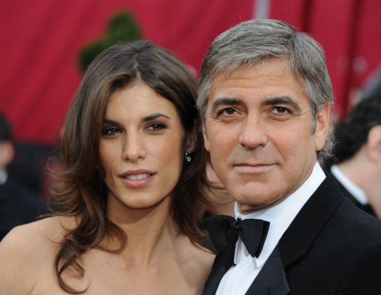 Italijos žiniasklaida ne vieną mėnesį kurstė gandus, kad G.Clooney pasipiršo ar pasipirš E.Canalis ir netrukus įvyks vestuvės.