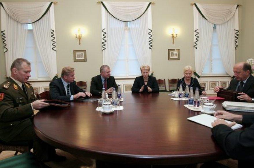 Valstybės gynimo tarybos posėdis