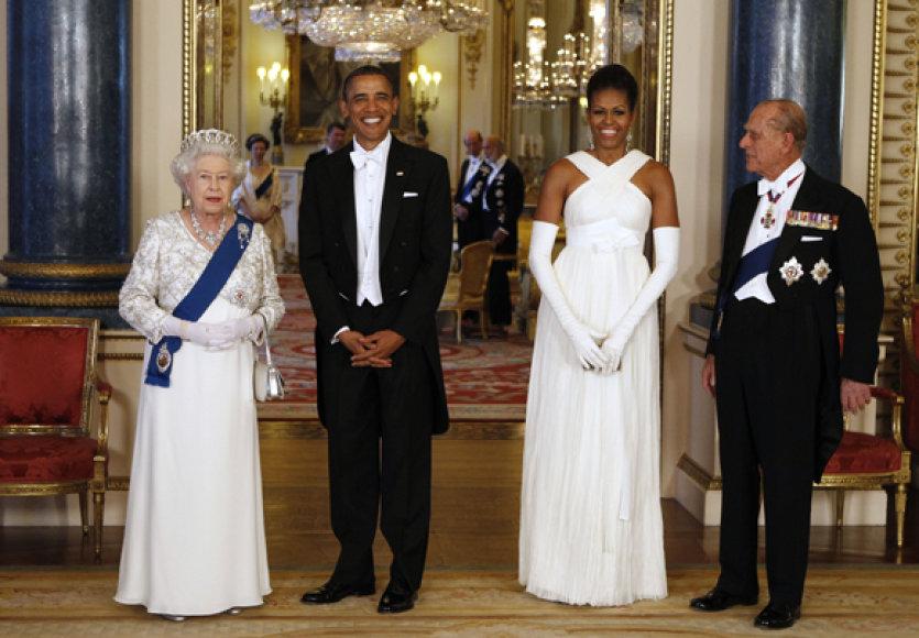 B. Obama su karališkąja šeima