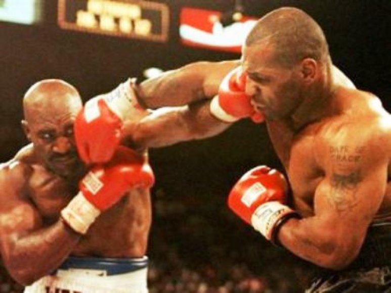 M.Tysonas ir E.Holyfieldas paskutinį kartą kovėsi 1997 metais