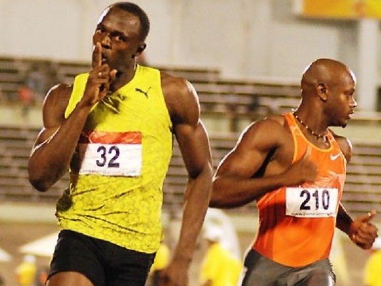 Pergalingas U.Bolto finišas Kingstone