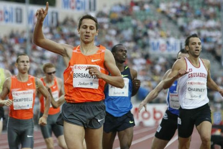 800 metrų bėgimą laimėjo olimpinis čempionas Jurijus Borzakovskis