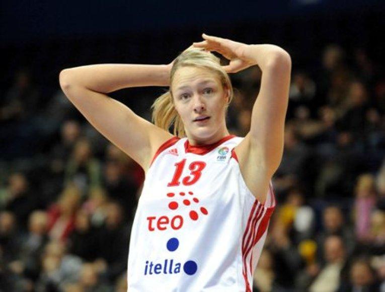 Puikiai prieš prancūzes sužaidė jaunoji Gintarė Petronytė
