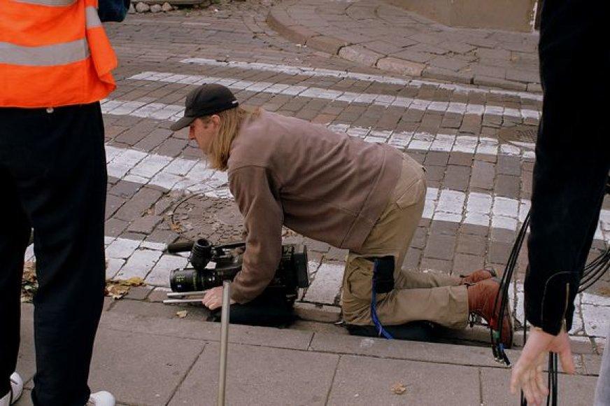 """Akimirka iš filmo """"Gėlės"""" filmavimo aikštelės"""