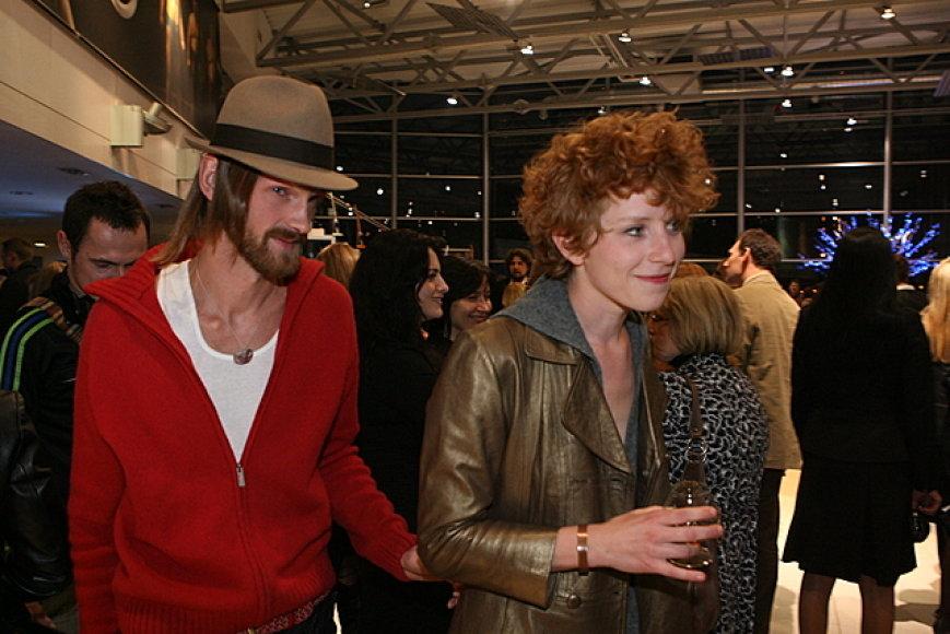 Alina Orlova su draugu