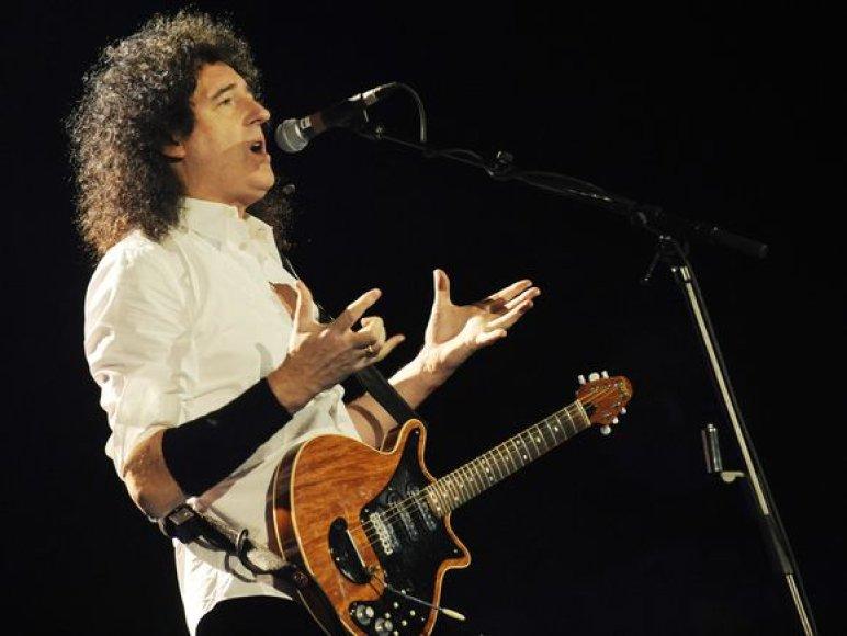 """""""Queen"""" gitaristas Brianas May"""