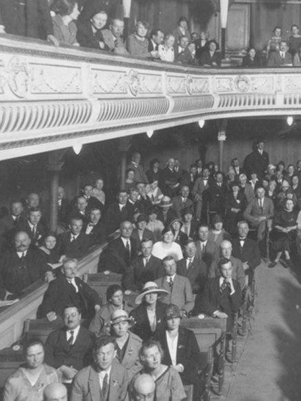Valstybės teatro publika senaisiais laikais