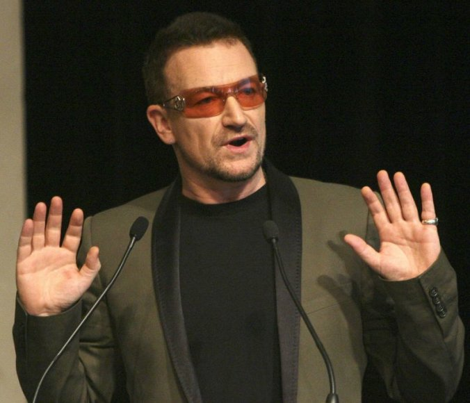 """Grupės """"U2"""" lyderis Bono"""