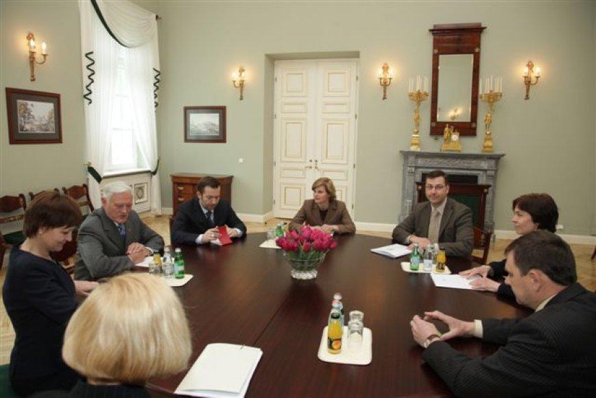 Prezidentūroje – pašnekesiai apie aukštojo mokslo reformą.