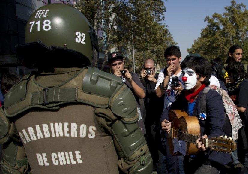 Protestas Santjago gatvėse.