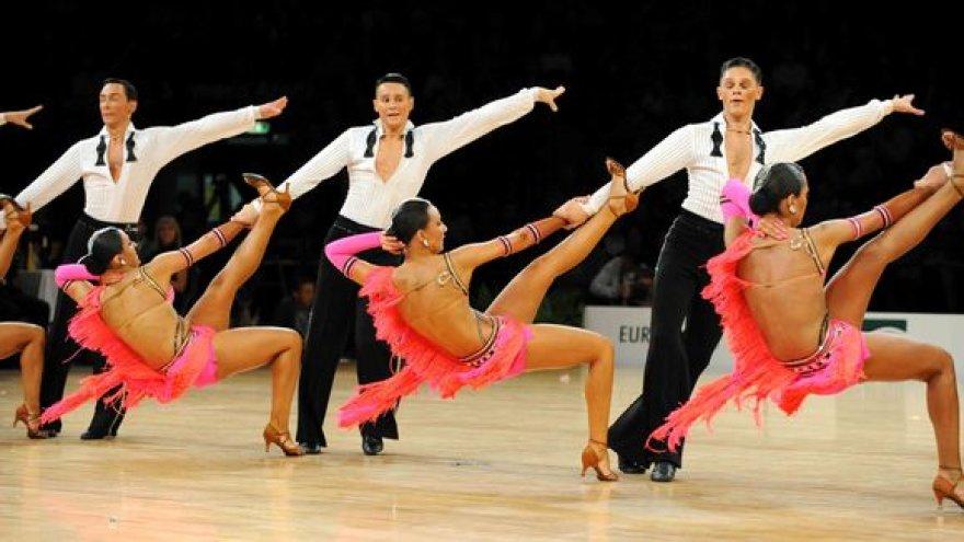 2009 m. Lotynų Amerikos sportinių šokių ansamblių Europos čempionato akimirka
