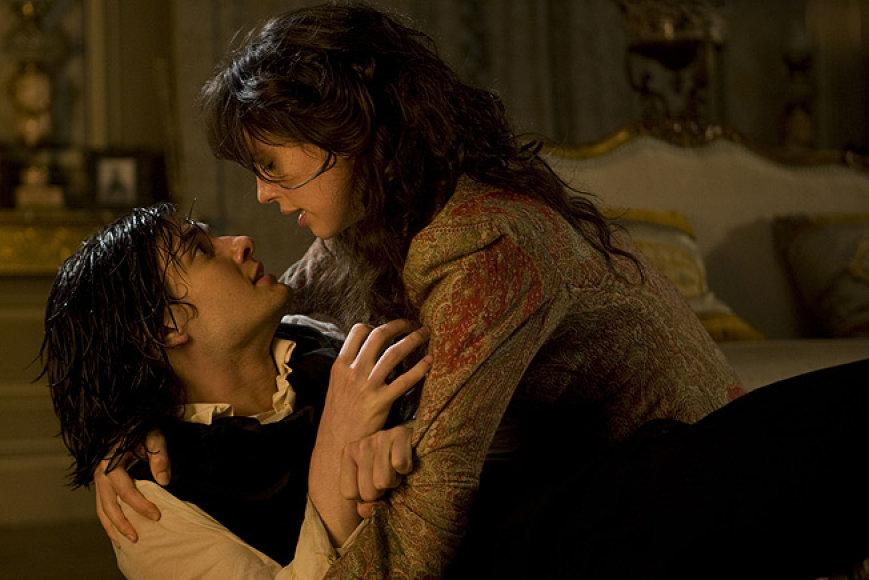 """Erotinės scenos """"Doriano Grėjaus"""" žvaigždei tapo staigmena."""