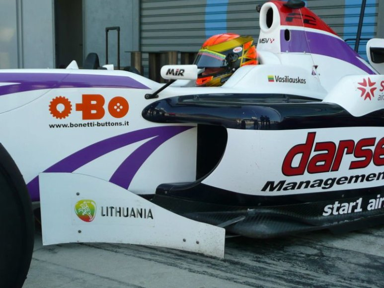 Pirmosiose lenktynėse Monzoje K.Vasiliauskas finišavo trečias.