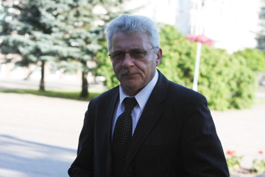 Socialdemokratas Algimantas Salamakinas