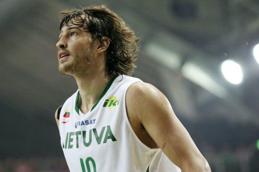 Simas Jasaitis sulaukė Eurolyos čempionės pasiūlymo