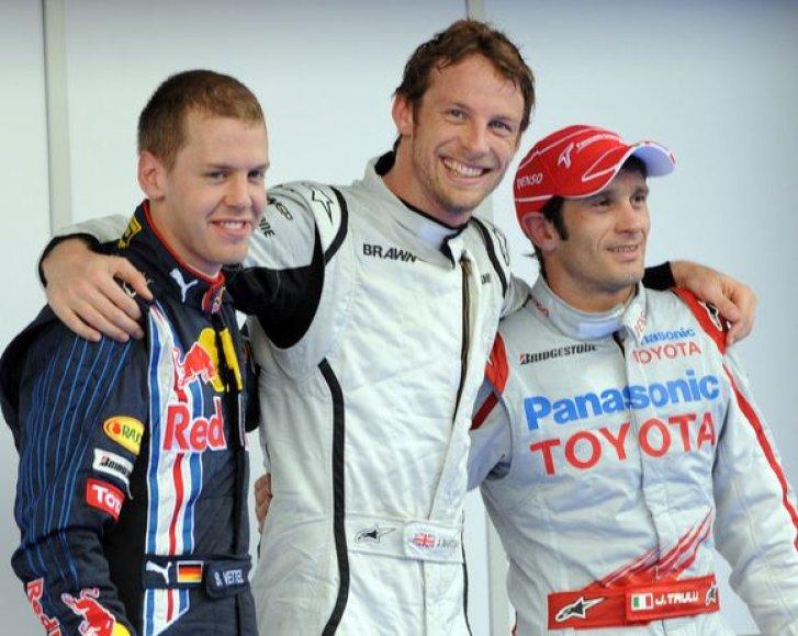 """Malaizijos """"Grand Prix"""" lenktynes iš pirmosios pozicijos pradės sezono lyderis britas Jensonas Buttonas."""