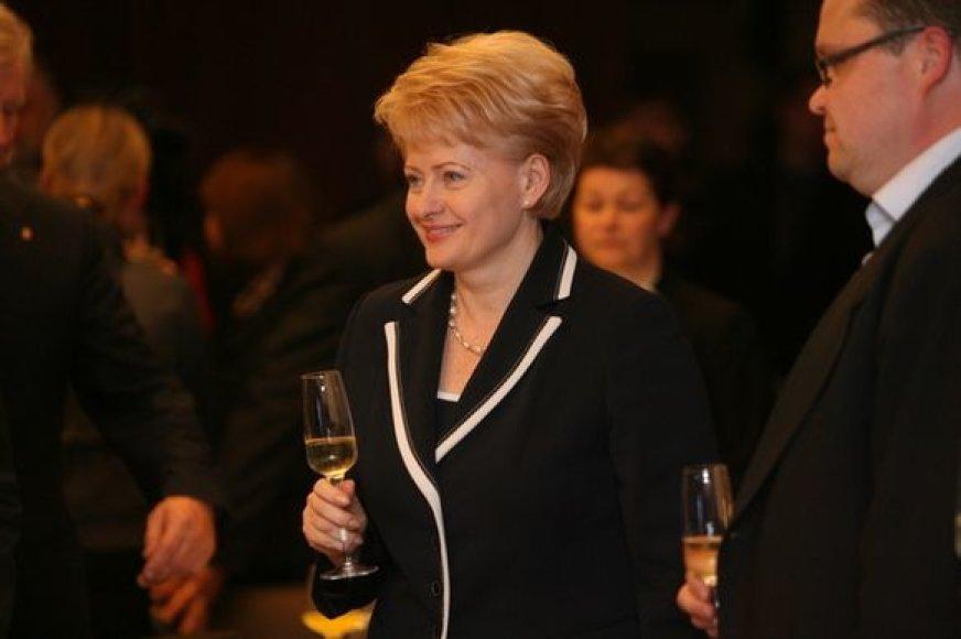 Džiugios nuotaikos D. Grybauskaitės rinkimų štabe