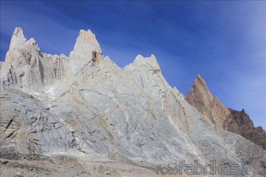 """""""Montis Magia alpinistai"""". Naujas maršrutas ant neįkoptos Patagonijos uolos"""