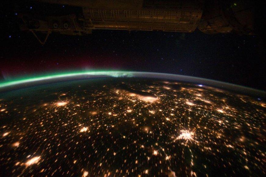 Šiaurės pašvaistė, nufotografuota TKS kamerų virs Šiaurės Amerikos